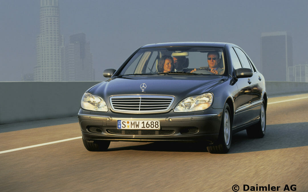 W220 series S-Class Saloons, 1998 – 2002